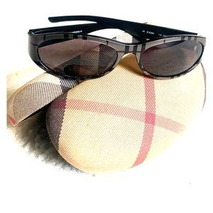🔥BURBERRY Plaid Sunglasses with Case